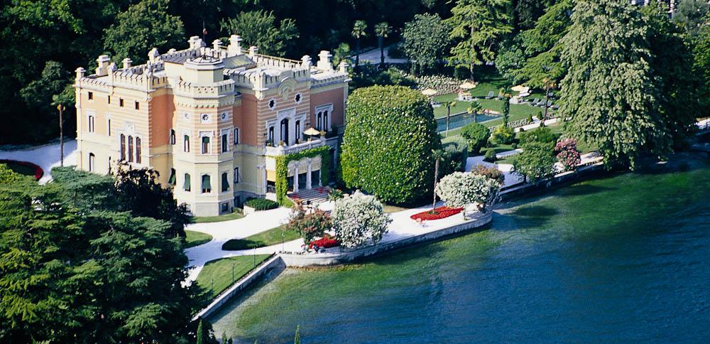 4 villa feltrinelli lake garda italy international traveller magazine - The star shaped villa ...