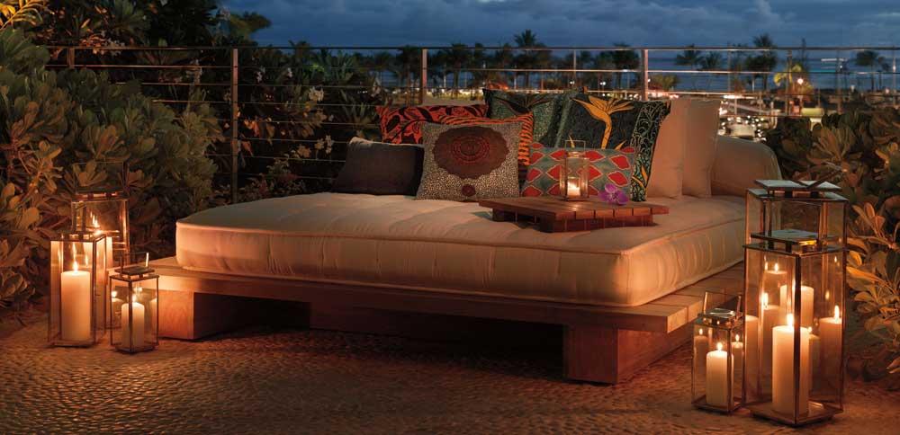 8 reasons why travellers love the modern honolulu for Pool design honolulu