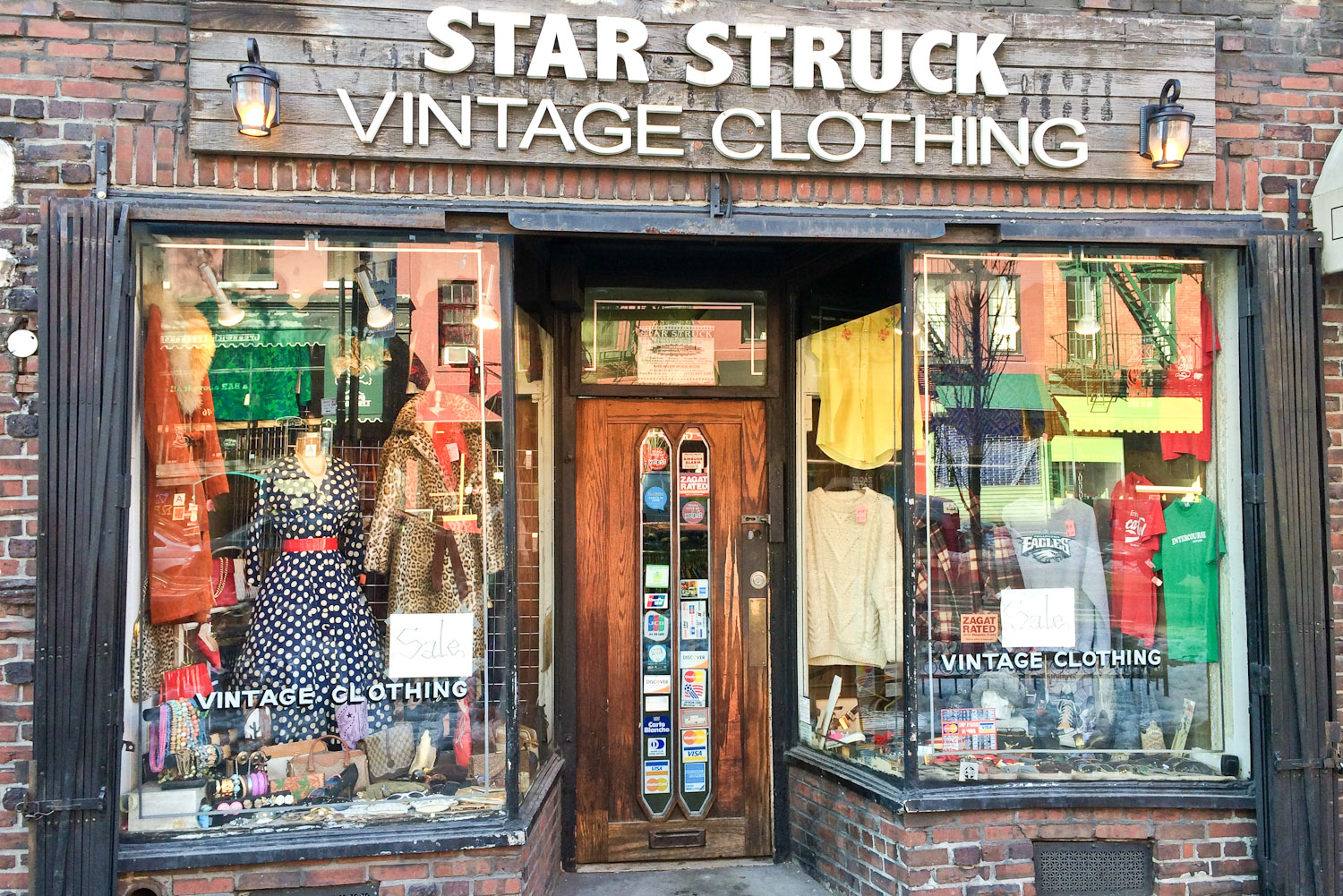 Vintage Shop Clothing