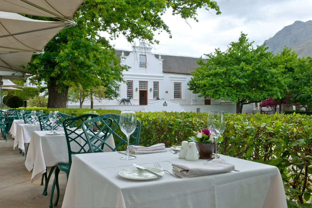 Review lanzerac hotel spa stellenbosch for Terrace bar menu