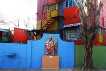 Busker in La Boca, Buenos Aires.