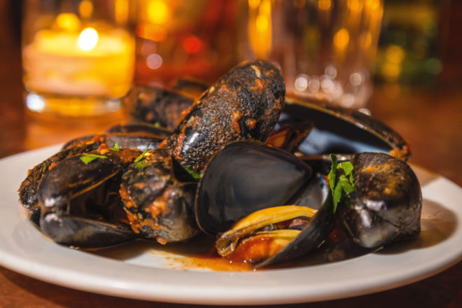 Cucina di Pesce in East Village, NYC, serves complimentary mussels marinara.