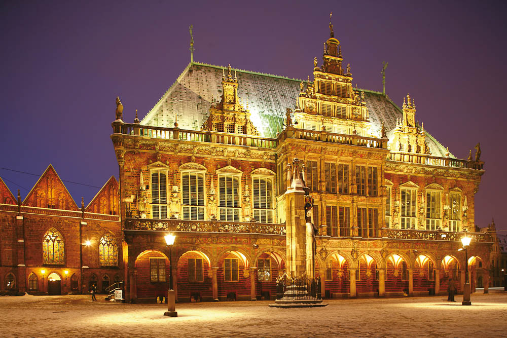 Bremen Rathaus (or Town Hall) and Roland Statue, Germany