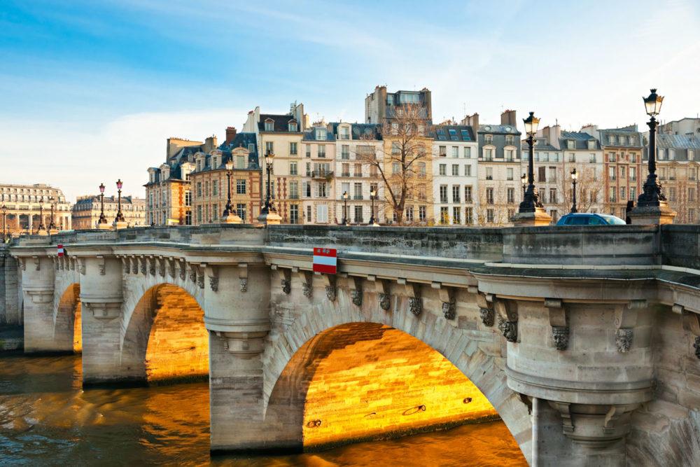 Paris' historical centre, Îlede la Cité.