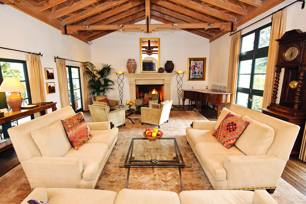 The cosy, Mediterranean-style lounge area at Cypress Inn in California, USA.