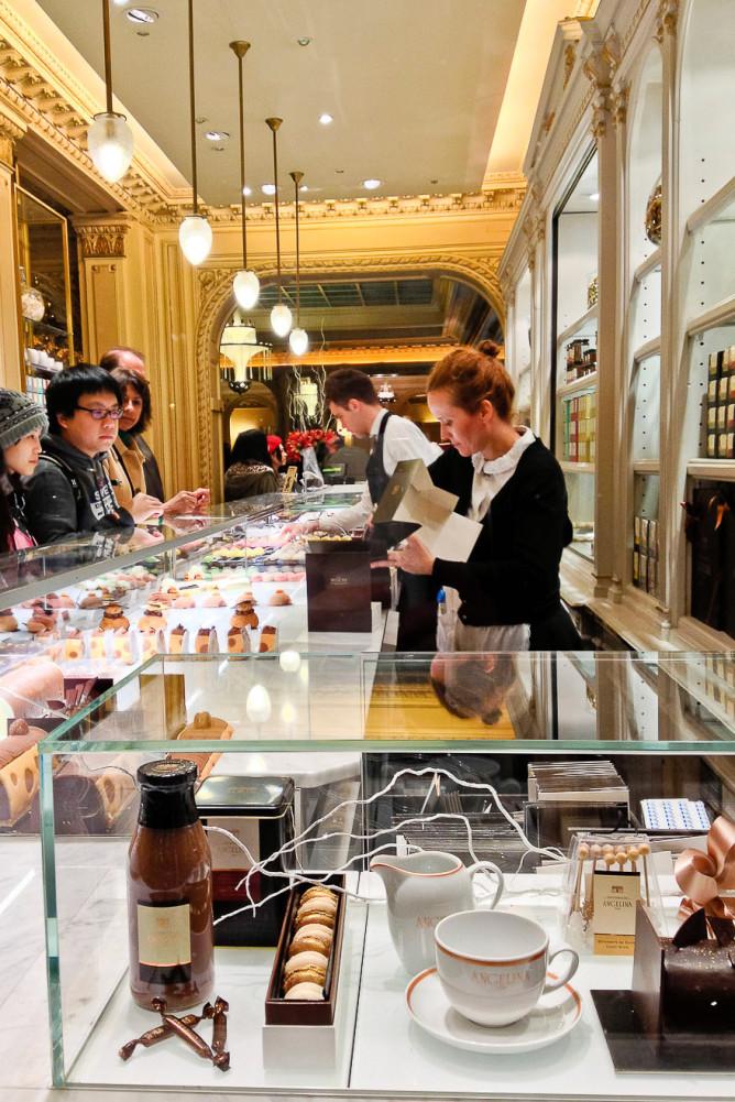 Paris tea salon, Angelina.