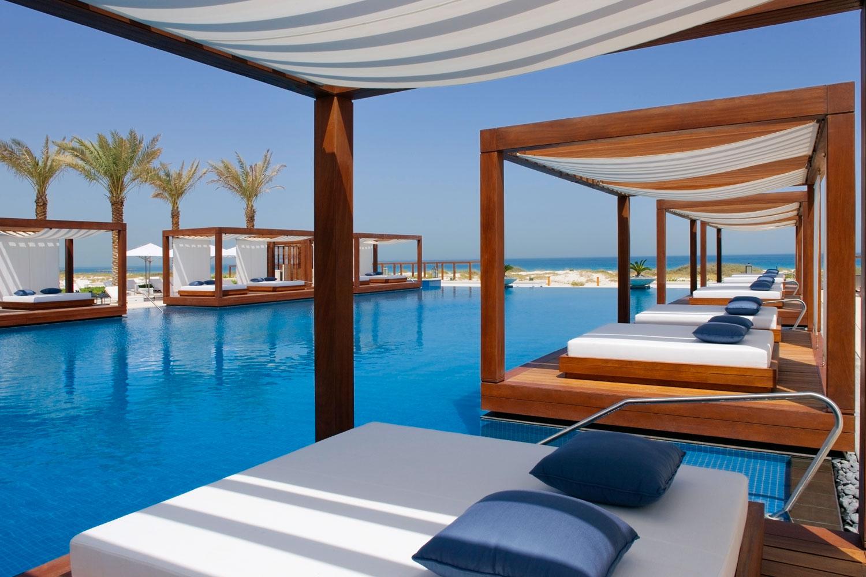 saadiyat island the fusion of culture art and. Black Bedroom Furniture Sets. Home Design Ideas