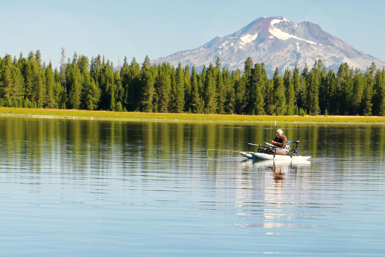 Fly fishing on Crane Prairie in Bend, Oregon.