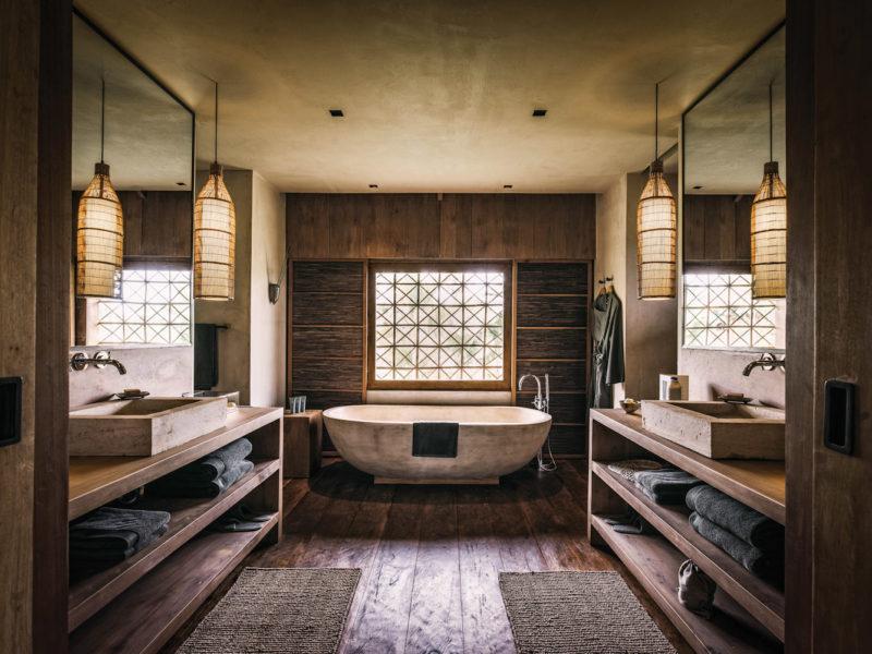 Phum Baitang hotel's guest bathrooms.