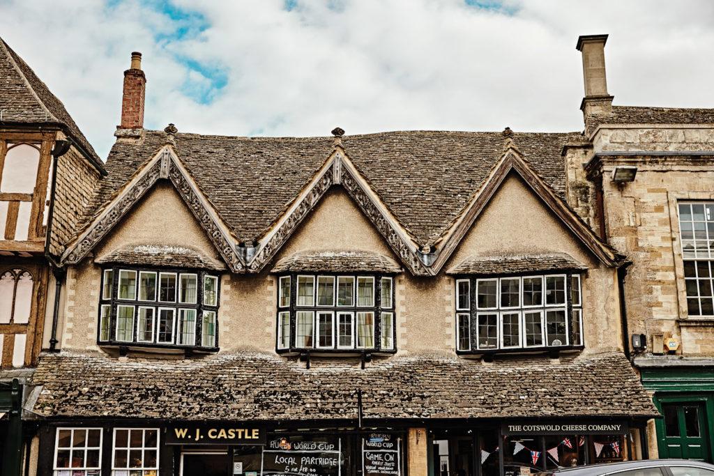 Villagelife in Burford, England.