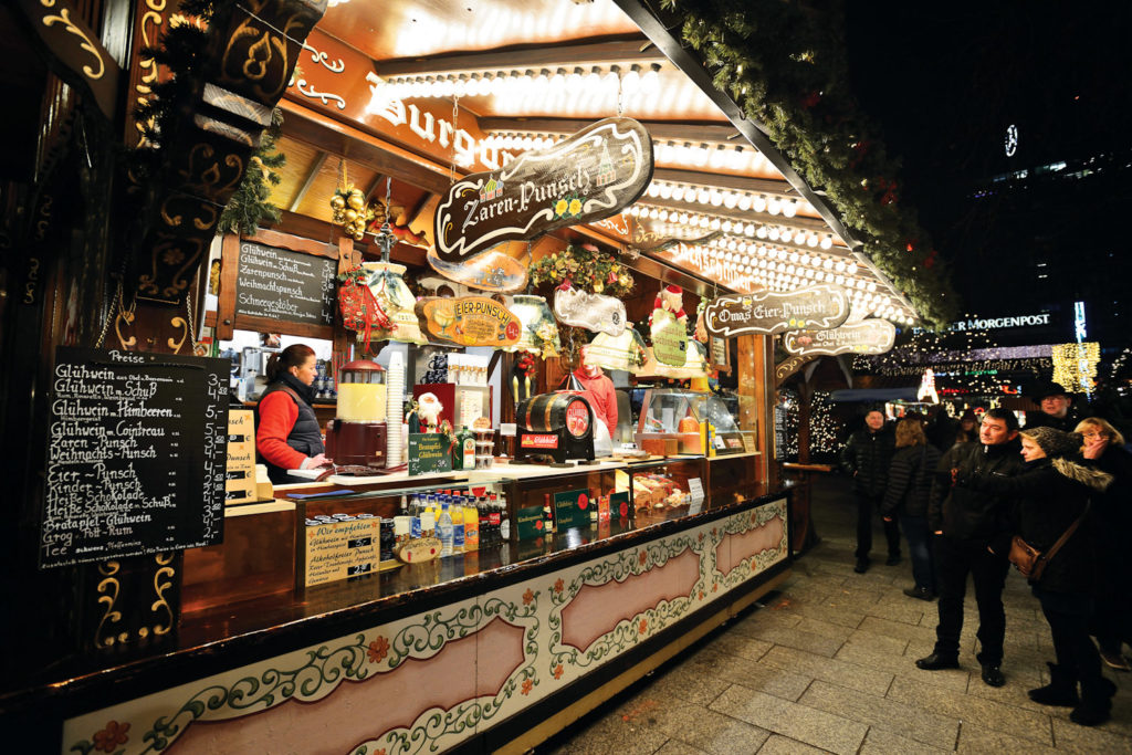 Food stall at the Christmas market in Charlottenburg, Berlin.