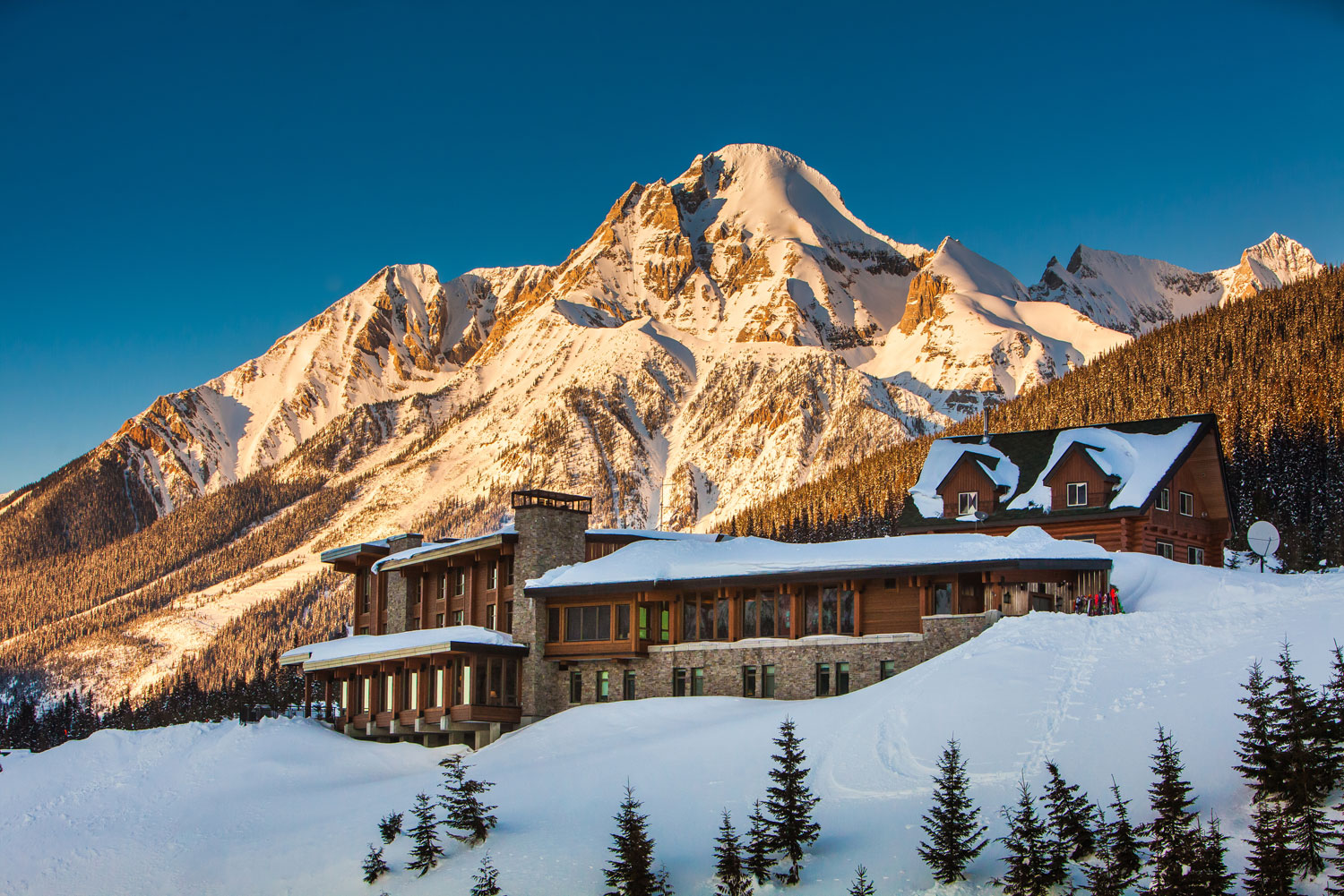 The Seven Most Gorgeous Winter Lodges In Canada