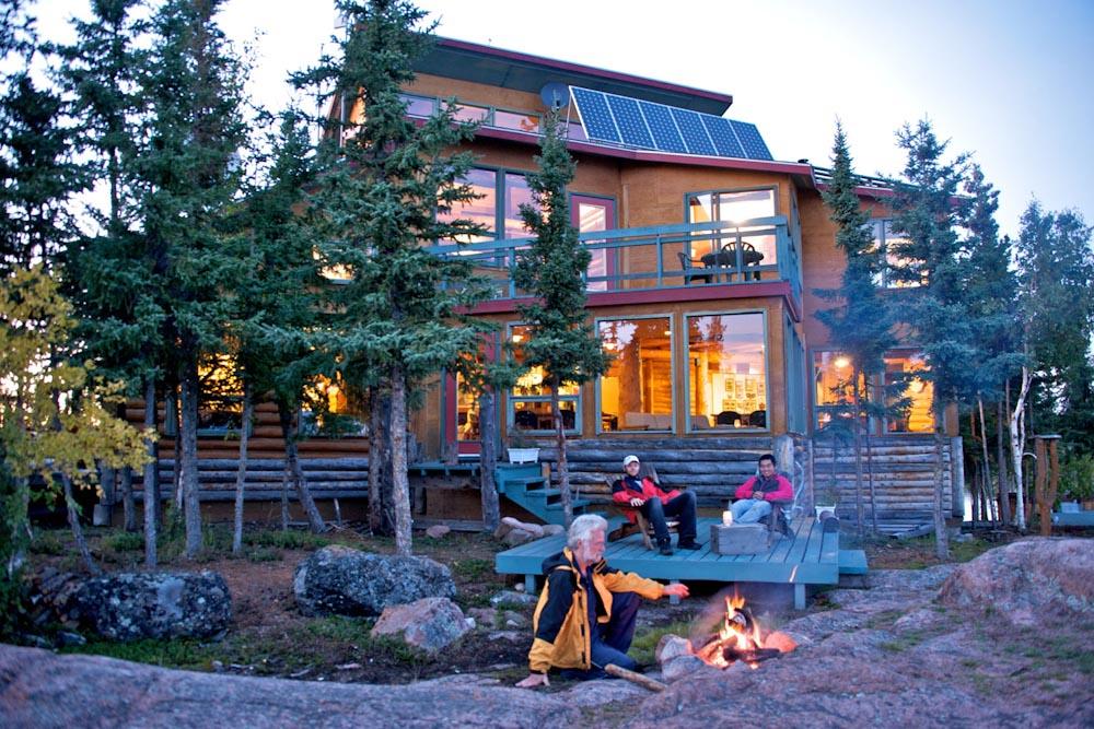 Blachford Lodge Northern Territories Canada Yellowknife wilderness campfire