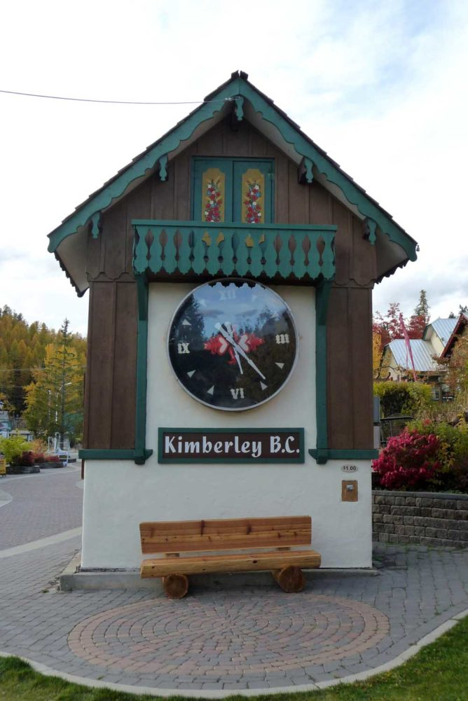 Kimberley cuckoo clock, Powder Highway