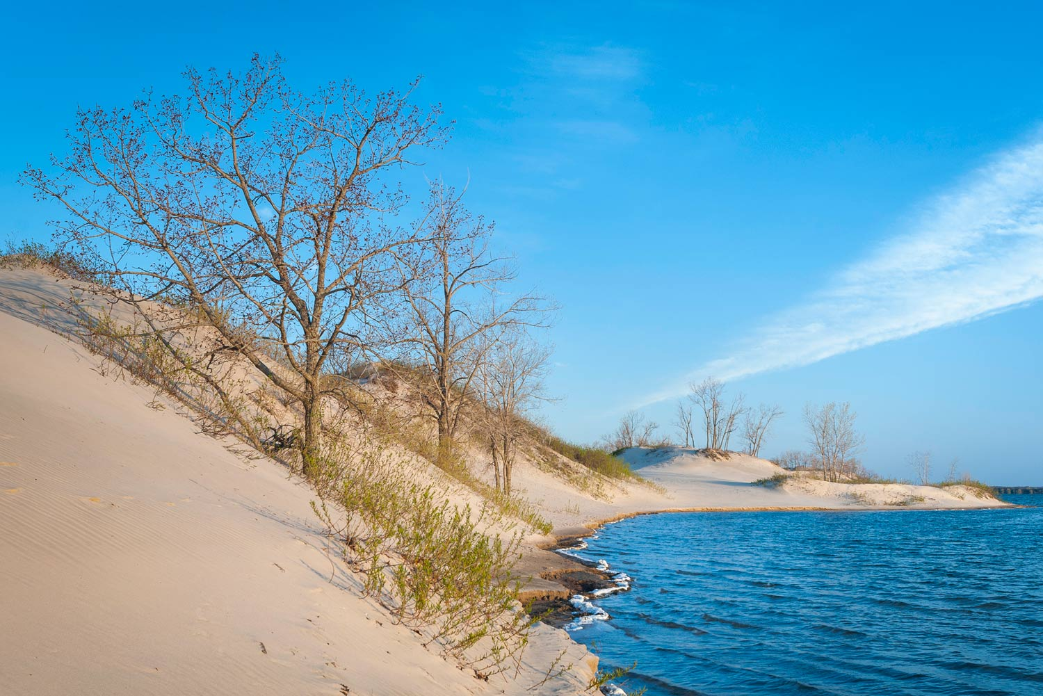 Canadas Best Beaches No Its Not All Ice And Snow A Few Hours East Of Toronto On Lake Ontario Are The Pretty Dunes Of Sandbanks Park Thumbnail