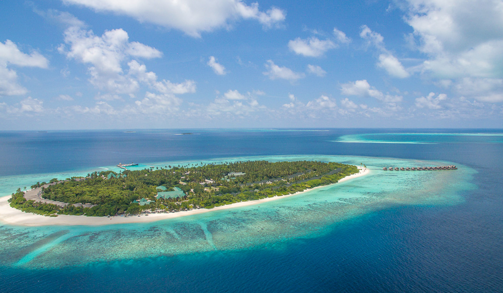 The secluded Furaveri Island Resort & Spa in the Maldives