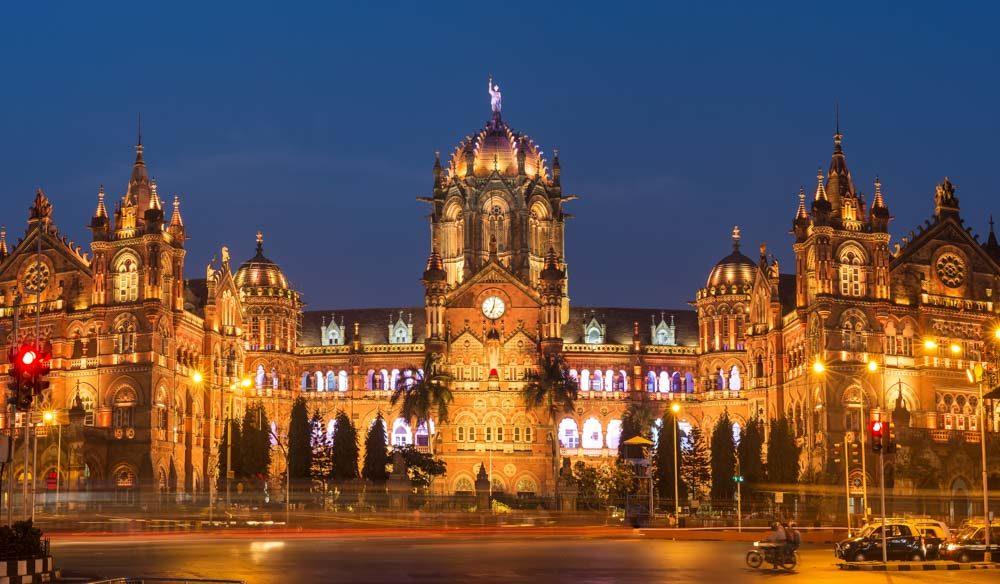 mumbai street india