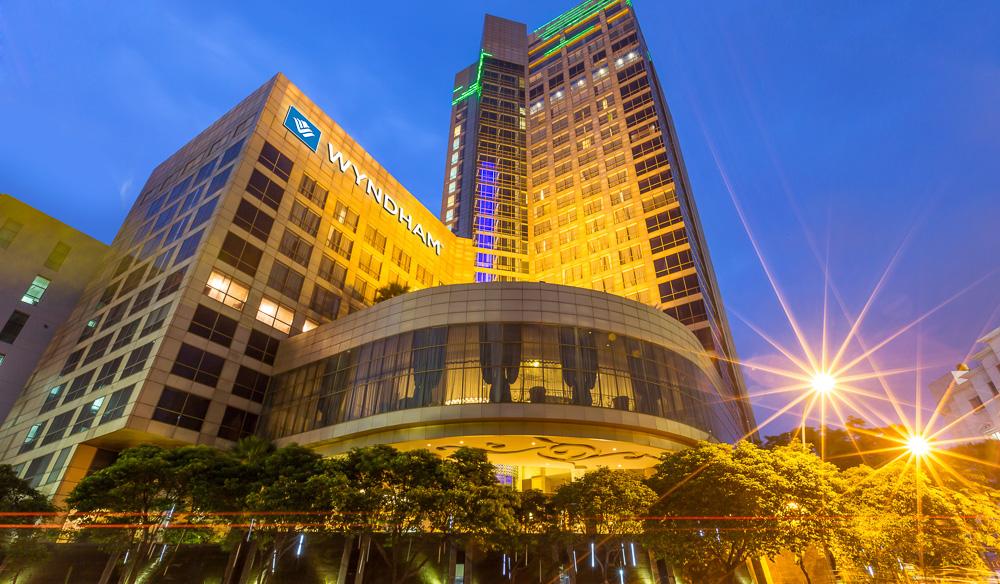 For big-city buzz check in to: Wyndham Surabaya