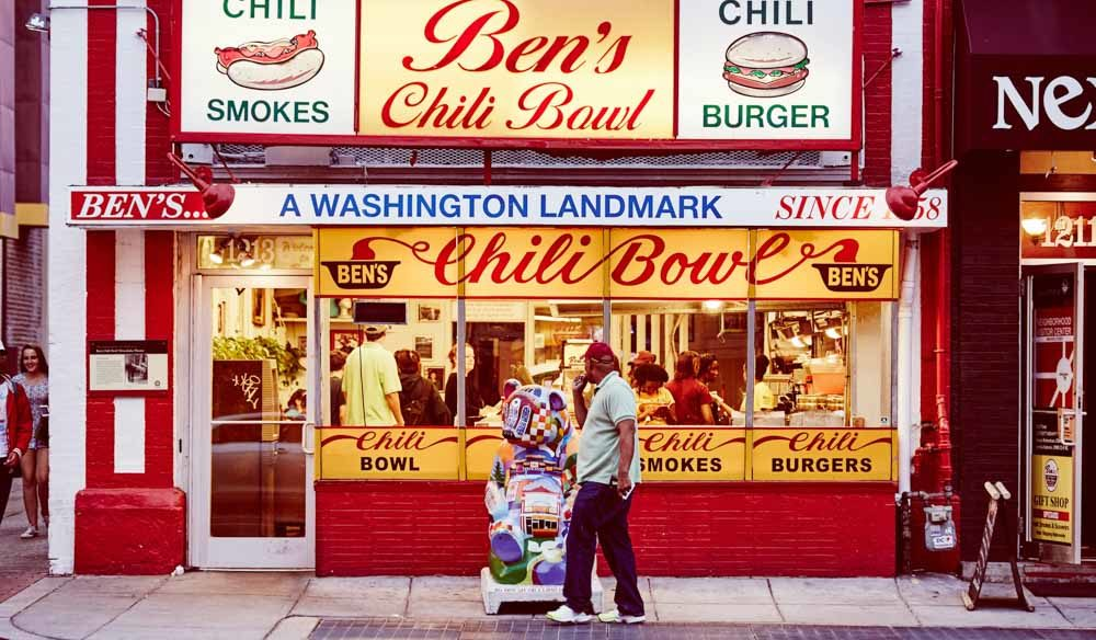 Celebs food Ben's chili bowl Washington