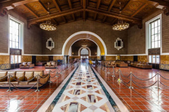 Union station travel trains iconic