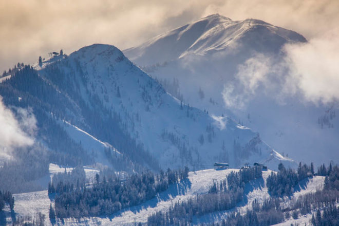 Ski skiing Aspen Colorado snowboarding Snowmass