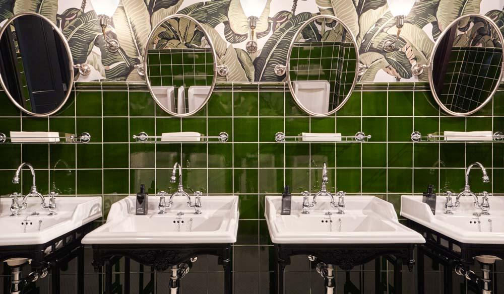 Tamburlaine Bathroom luxury hotel Cambridge history English