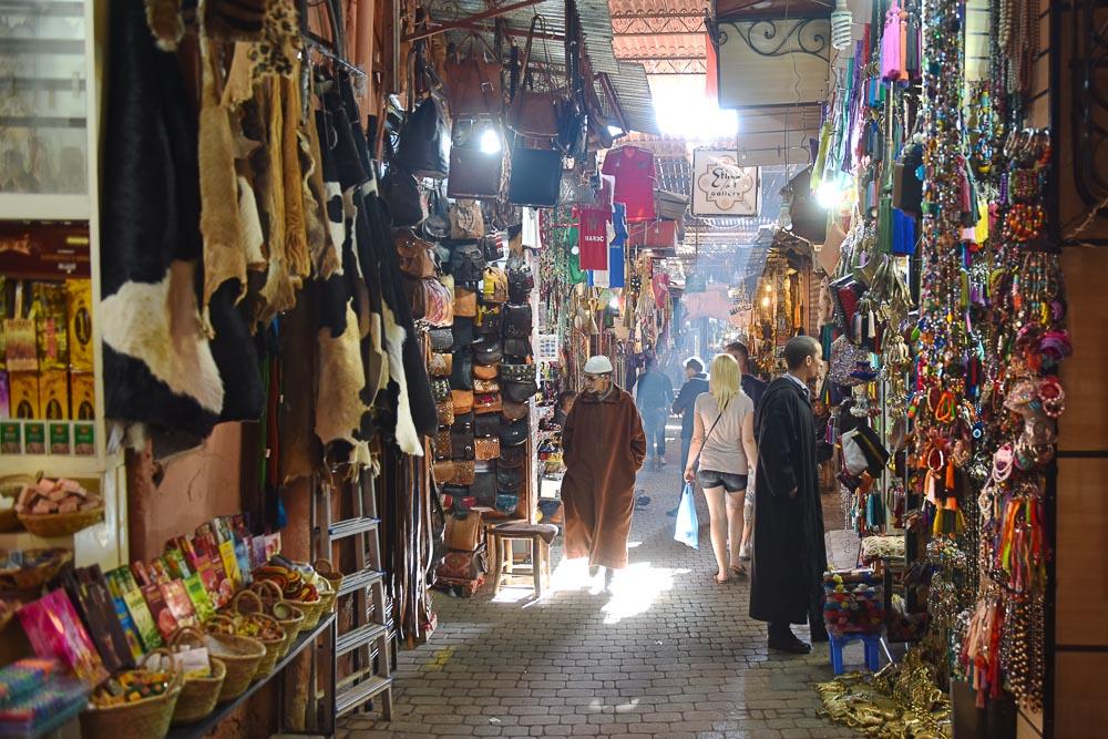 Souk market shopping rules tips