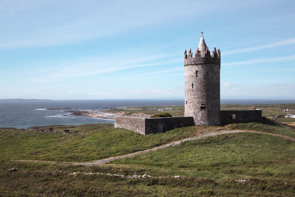 Doolin Doonagore Castle