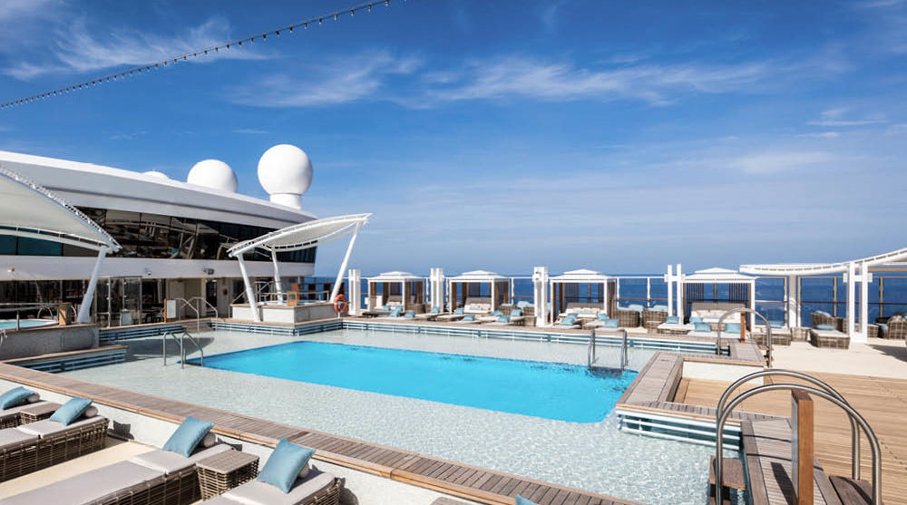 Dream Cruises sun deck