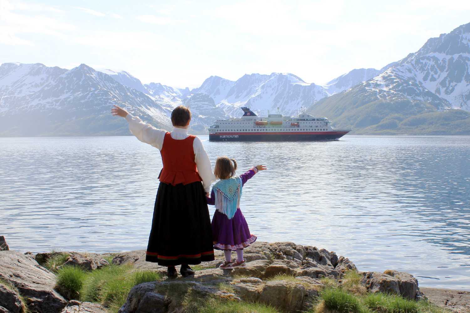 Cruise around Scandinavia onboard a Hurtigruten ship