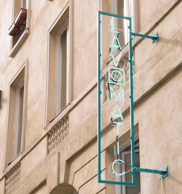 Lavomatic, Paris.
