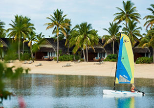 Fiji Marriott Momi Bay watersports